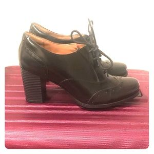 Clark's Mary Jane Lace Up Heels